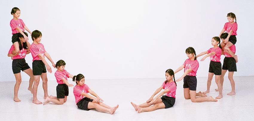 組体操技「回転ラージヒル」