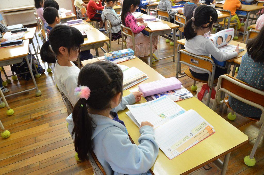 教室の子どもたち