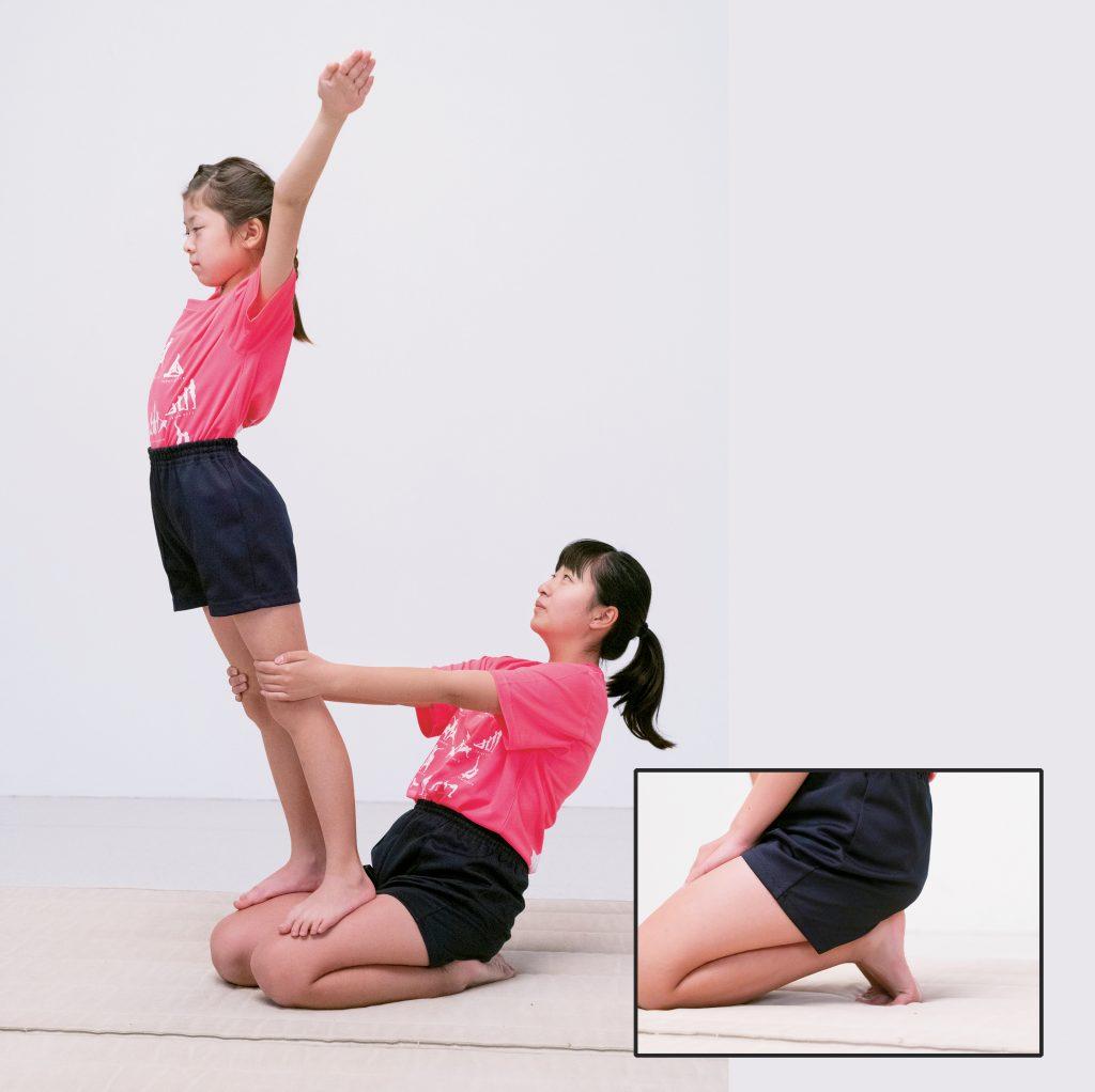 組み体操の練習・座サボテン