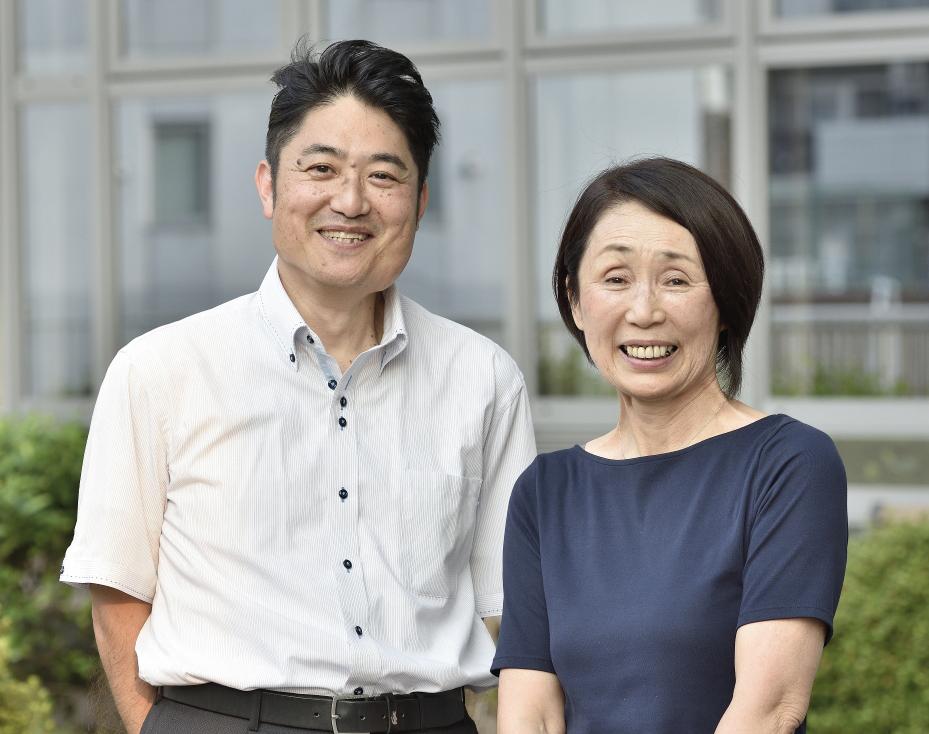大空小学校初代校長・木村氏と2代目小学校校長・市場氏