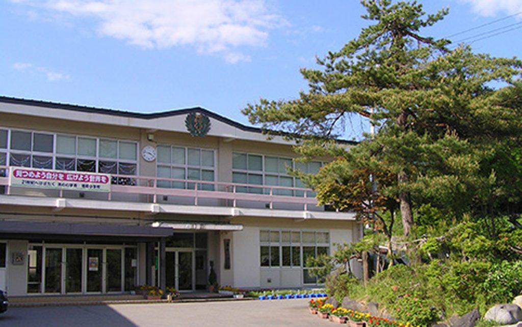 山形県村山市立袖崎小学校