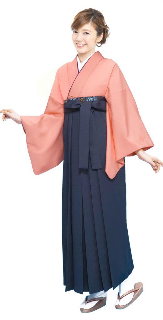 反対色に近い合わせの袴スタイル