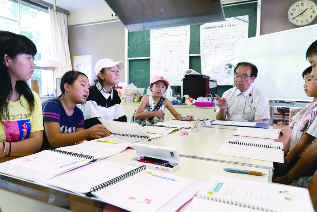 5~6年生の基礎学習の時間は英語だ。