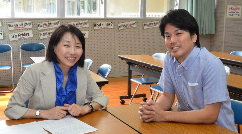 直山木綿子さんと平良優さん