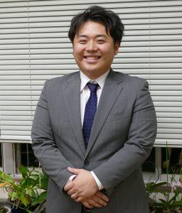 吉冨翔太 教諭