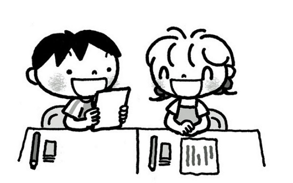 友達同士で作品を読み合い、よいところを伝え合う