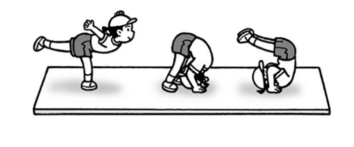 小4体育「マット運動」指導のポイント