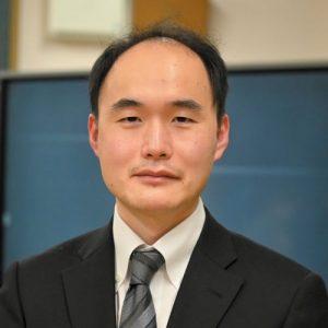鈴木康晴先生