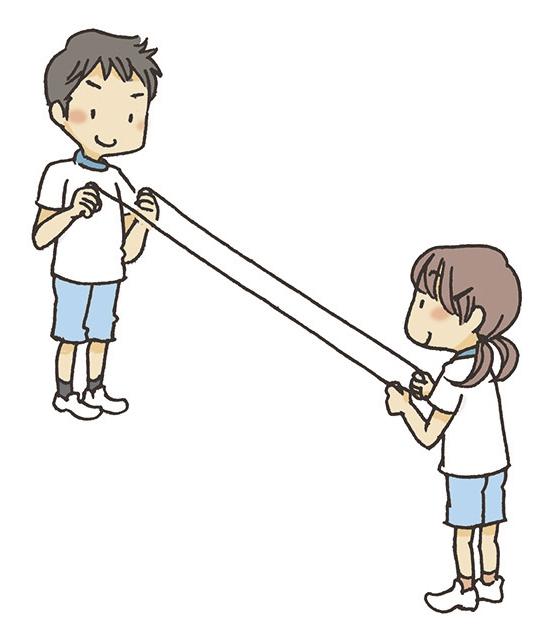 ①ターナーは向かい合ってロープをぴんと張り、長さを合わせます。